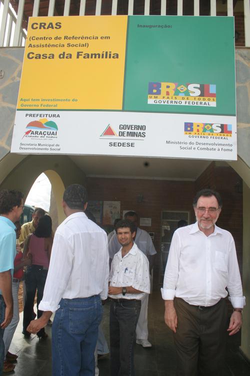 Ministro Patrus em Araçuaí - Foto: Bruno Spada – MDS